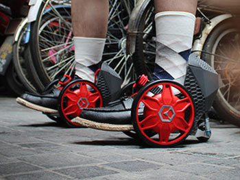 Action R RocketSkates